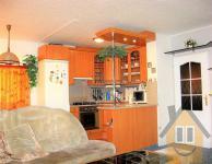 Prodej bytu 4+kk/L/S, 85 m2, P8 - Troja, ul. Glowackého, panel, OV
