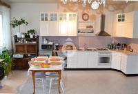 Exkluzivně nabízíme prostorný byt 3+kk se dvěma balkony, podlahová plocha 114m2,