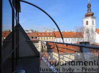 Prodej spol. vlastnící 3 byty v centru Prahy 1, Nové Město.