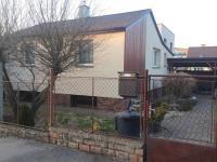 Prodej 2-generačního domu, pozemek 497m2, garáž, Praha 5 - Zličín