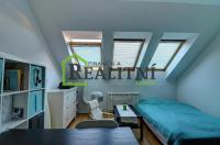 Nabídka prodeje velmi pěkného bytu v Praze 12- Cholupicích.