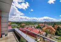 Prodej prostorného domu 5+1, 300 m2, terasy, s krásný výhledem, Krč