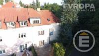Rodinná vila 5+1 - 320 m2, pozemek 412 m2, 2G, Praha 4 - Hodkovičky