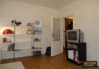S - Prodej částečně zrekonstruovaného bytu 1+kk, 28m2, OV Praha 12 - Modřany, ul. Pirinská