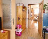 Prodej bytu 2+1, 55m2, DV, ul. Přistoupimská, Praha 10-Malešice, dům po revitalizaci, bus metro Želi