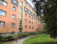 Praha 10 - Malešice, Plaňanská, DV 2+1, 52,2 m2, 3. patro/4, bez výtahu, v panelovém domě, sklep