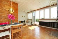 Byt 2+1, 56 m2+2 terasy 28m2, P6 Hanspaulka
